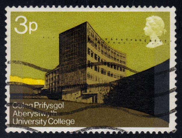 Great Britain #657 Physical Sciences Building; used (0.25)