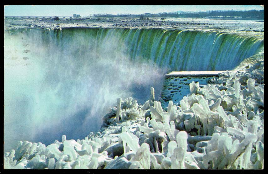 Canada Postcard - Horseshoe Falls, Niagara in Winter